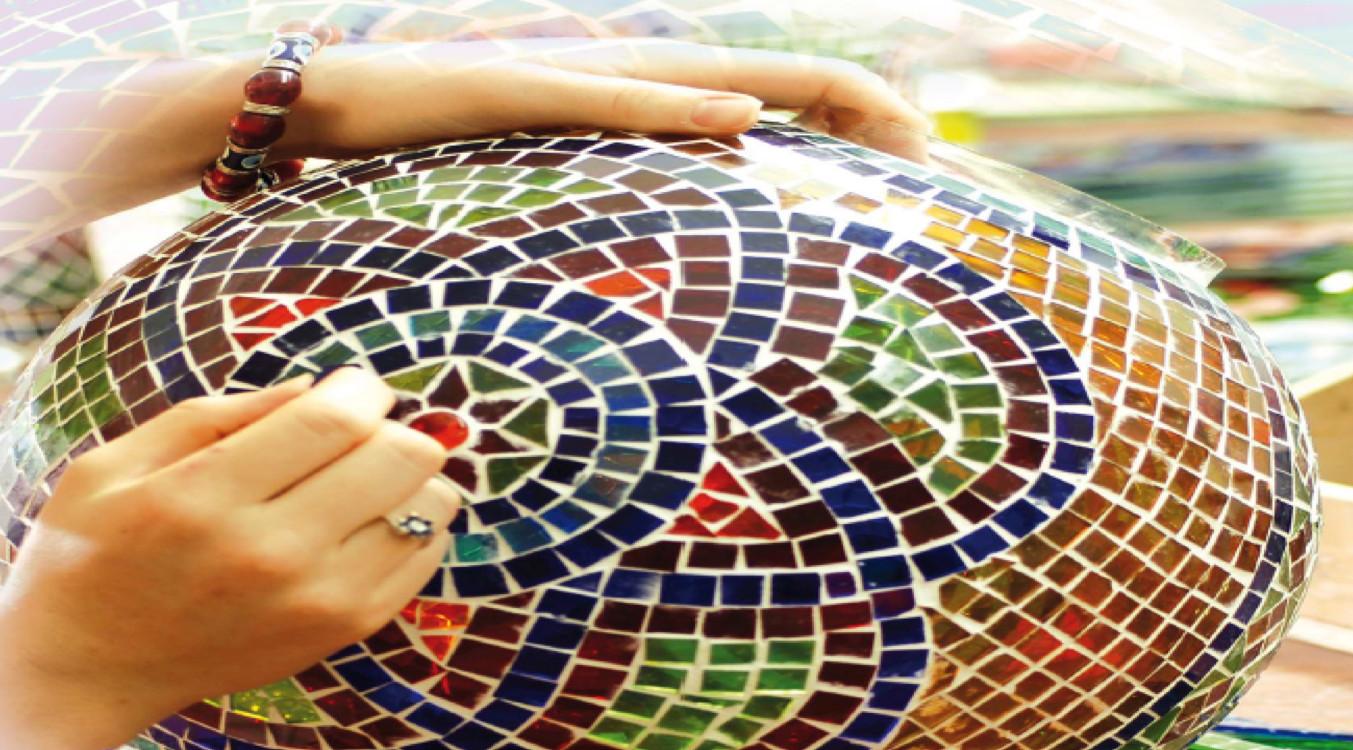 Réalisation d'une lampe en mosaïque
