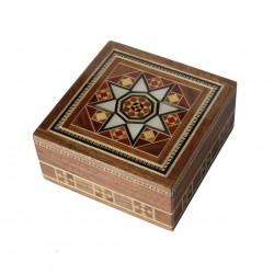 Boîte carrée en marqueterie orientale Isdès