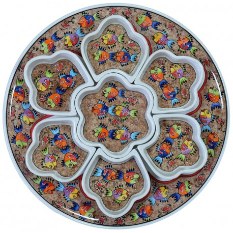 Vaisselle ethnique, plateau et ramequins apéritif Balik brun décorés de poissons colorés