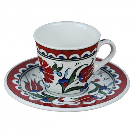 Tasse à café orientale Lalé avec frise rouge et motifs floraux (style Iznik)