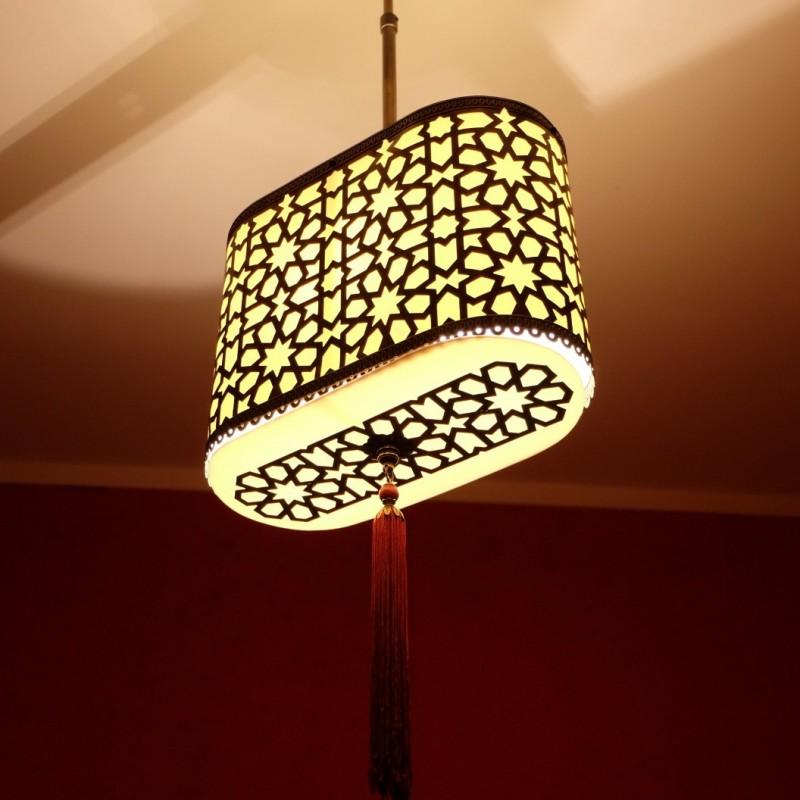 Luminaire marocain oriental alanya en laiton cisel - Lampe de chevet style africain ...