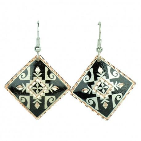 Boucles d'oreilles en losange noires Zana, design tribal