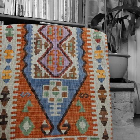 Coussin original décoratif en kilim orange 100x60 Sinope