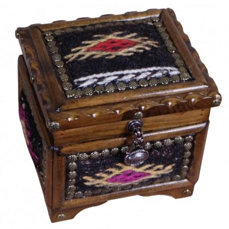 Boîte en bois et kilim noir Krysios pour bijoux par KaravaneSerail