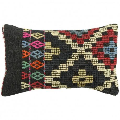 Coussin original en kilim artisanal Lumbar C024