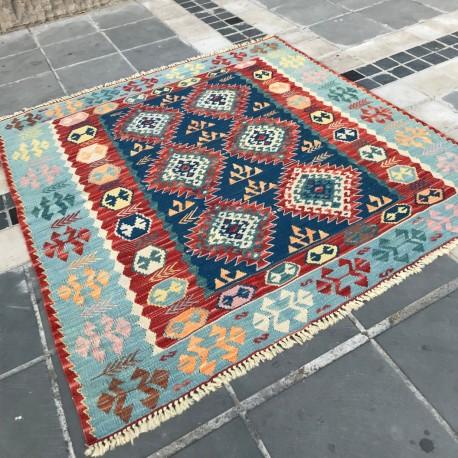 Tapis oriental carré par KaravaneSerail K05