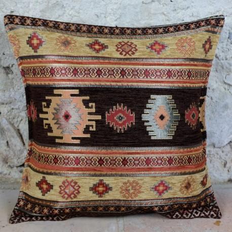 Coussin marron ethnique Bythinia aux motifs orientaux