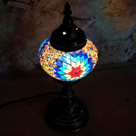 Lampe multicolore artianale Isnun par KaravaneSerail