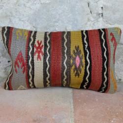 Coussin ethnique en kilim Lumbar D059