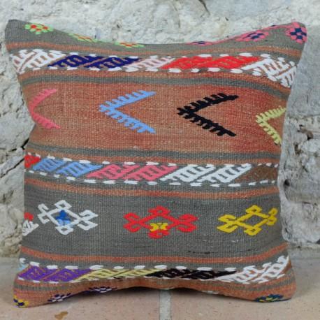 Housse de coussin Kolon E002 en kilim artisanal rouge pastel et couleurs vives
