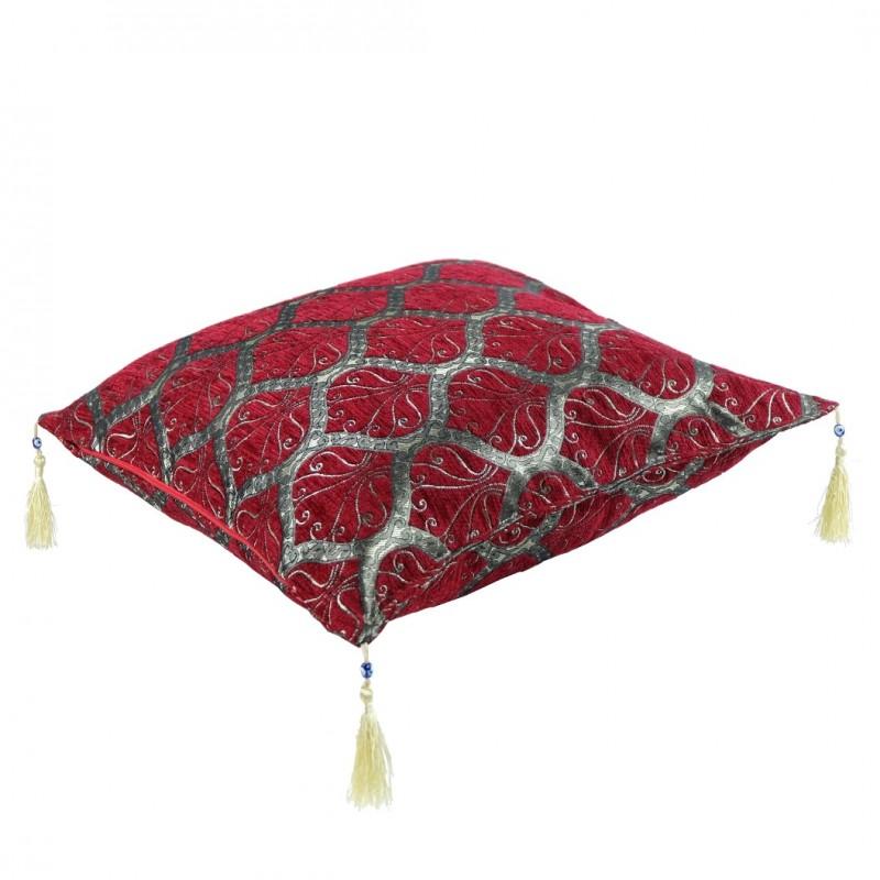 coussin orientale mysia rouge bordeaux au design simple. Black Bedroom Furniture Sets. Home Design Ideas