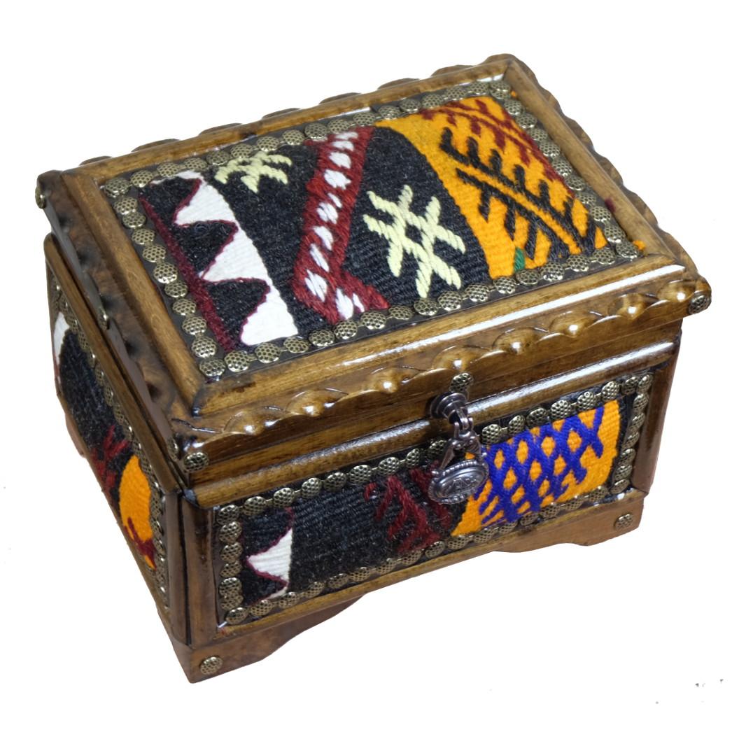 Cadeau unique artisanal, boite ne bois décorative par KaravaneSerail