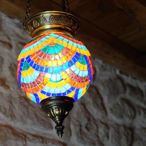 Décoration turque, lampe multicolore Lamassu par KaravaneSerail