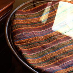 Tissu oriental Phasis utilisé dans une loveuse - Décoration ethnique