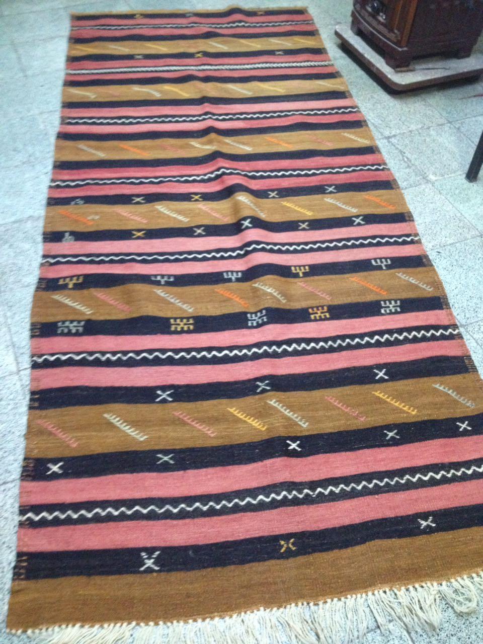 Tapis vintage pour coussin kilim par KaravaneSerail