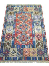 Tapis Oriental Vintage Kilim par KaravaneSerail