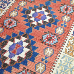 Tapis kilim turc d'Anatolie par KaravaneSerail